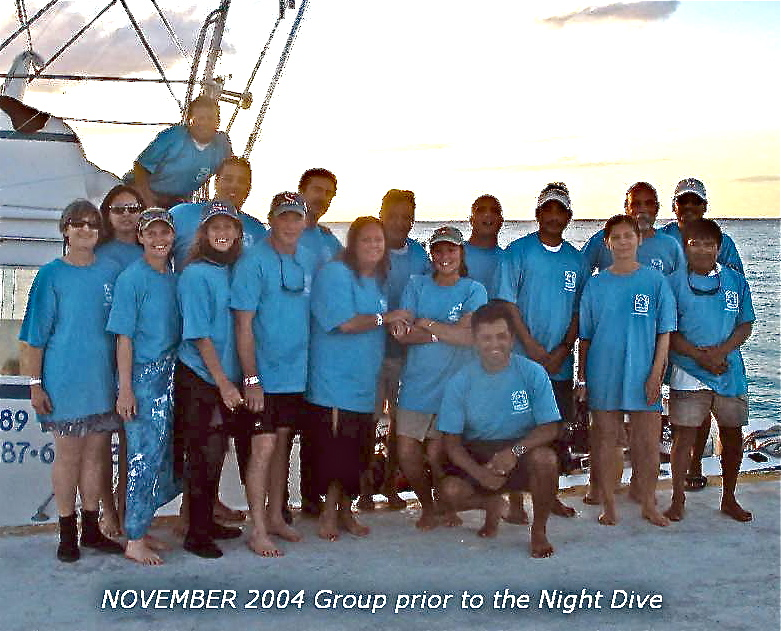 A GROUP BEFORE A NIGHT DIVE