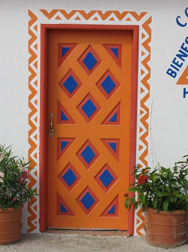 colorful holbox door